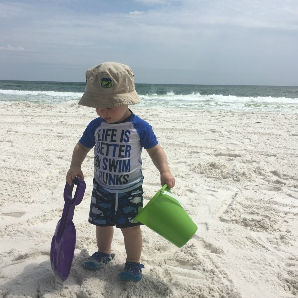 Gavin playing in the sand {Okaloosa Island} | rainerlife.com