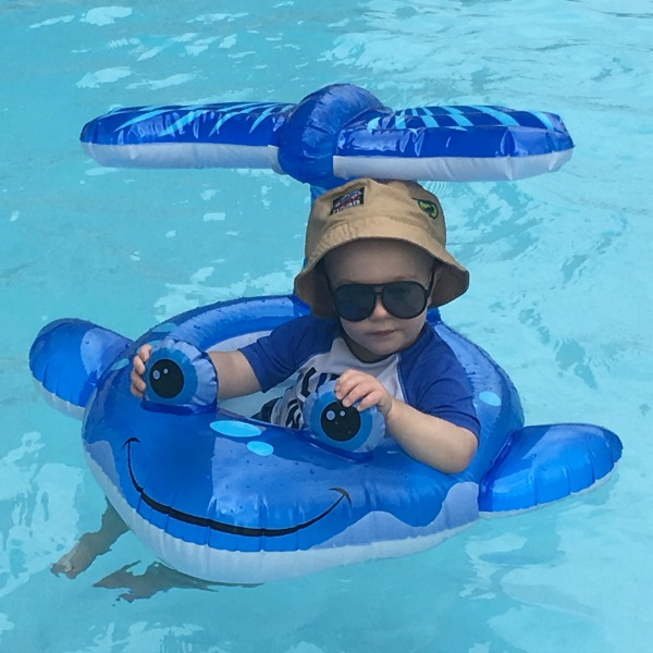 Gavin in the pool {Okaloosa Island} | rainerlife.com