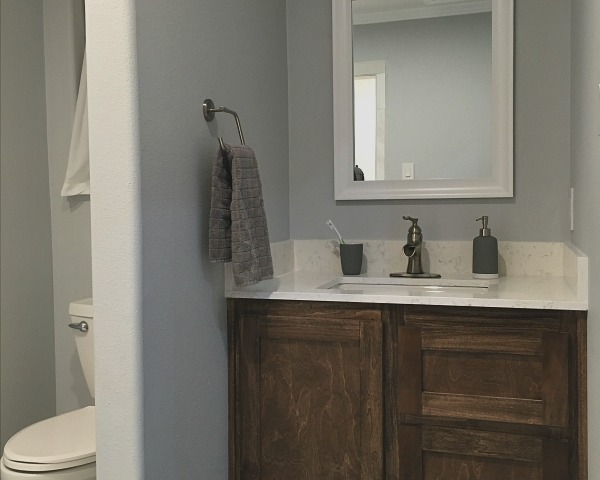 Master Bathroom | rainerlife.com
