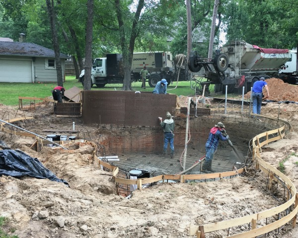 Gunite Sprayed in Pool | rainerlife.com