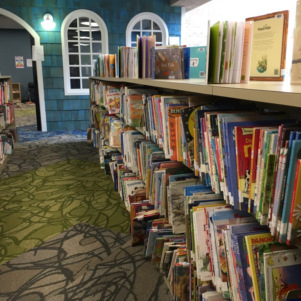 Children's books in the library | rainerlife.com