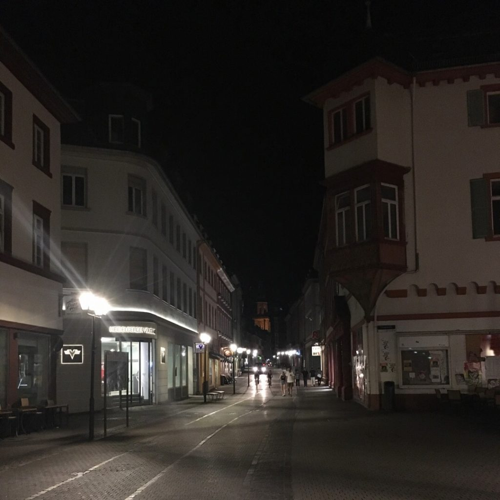 Hauptstrasse in Heidelberg at night | rainerlife.com