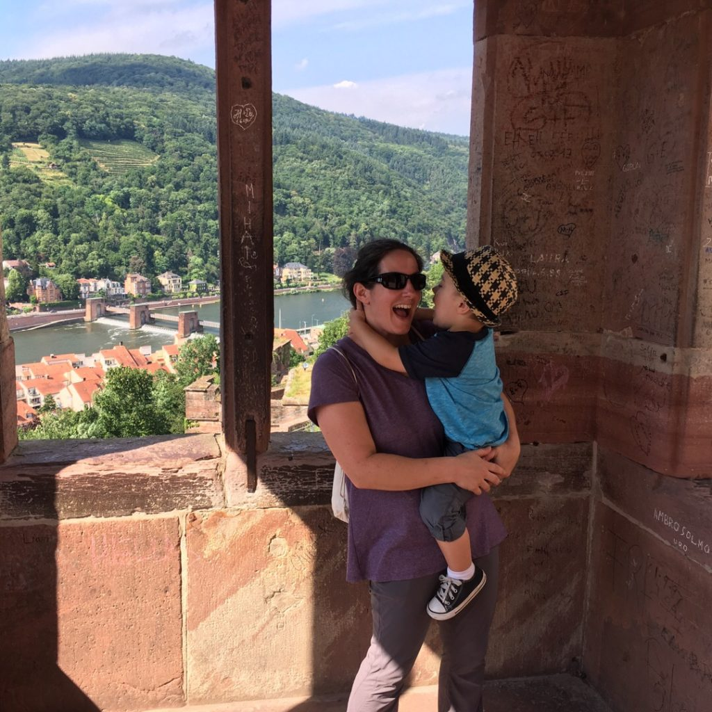 Darinda and Gavin at Heidelberg Castle (Heidelberger Schloss) | rainerlife.com