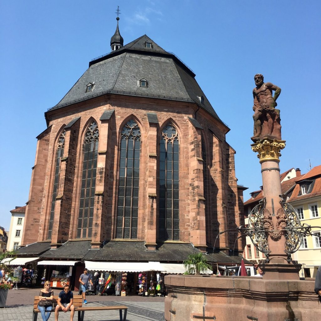 Market Square and Church of the Holy Spirit {Heidelberg, Germany} | rainerlife.com