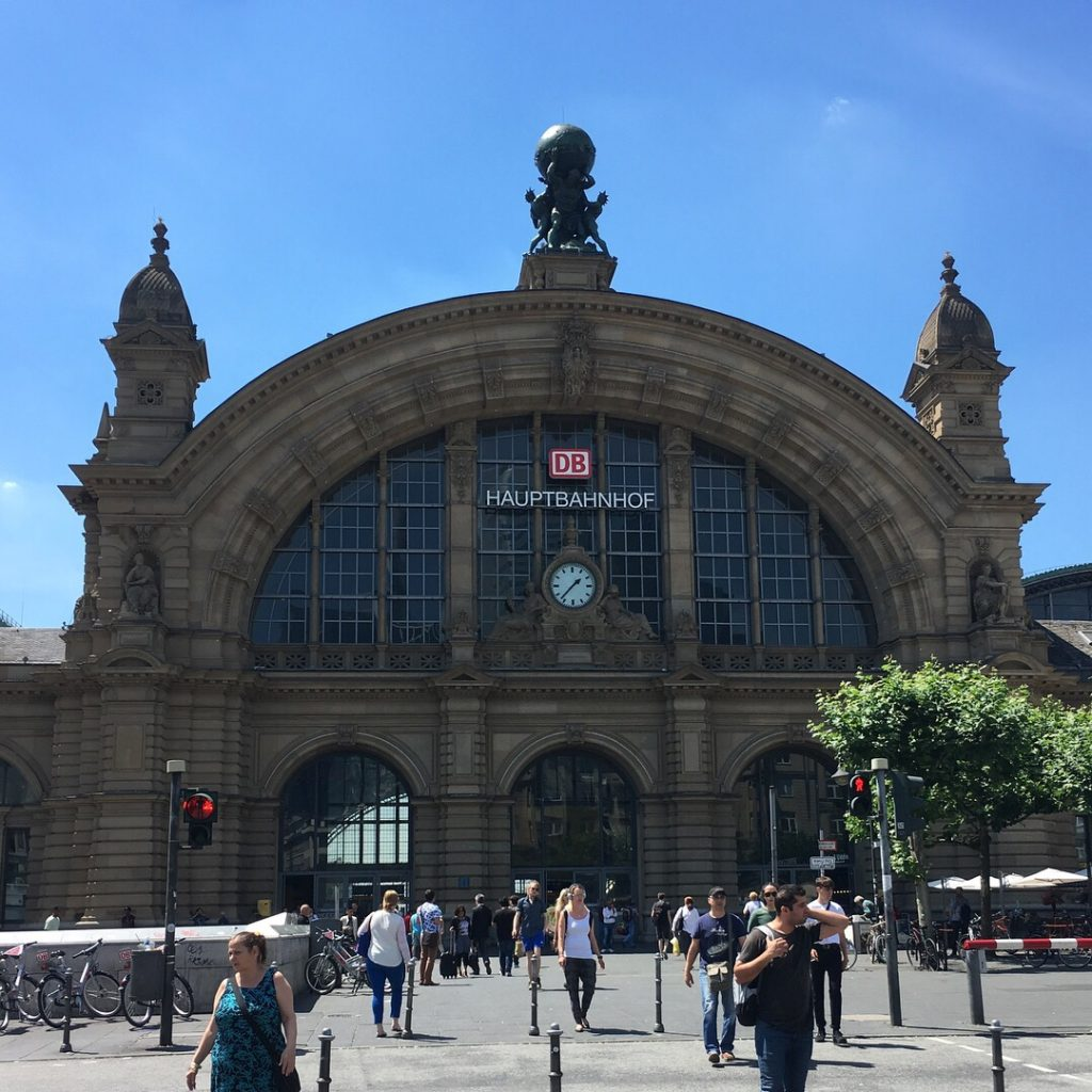 Frankfurt Main Train Station | rainerlife.com