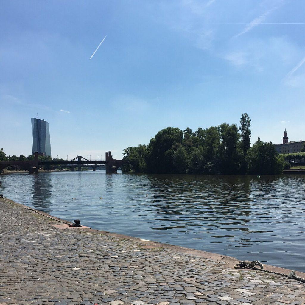 Main River {Frankfurt, Germany} | rainerlife.com