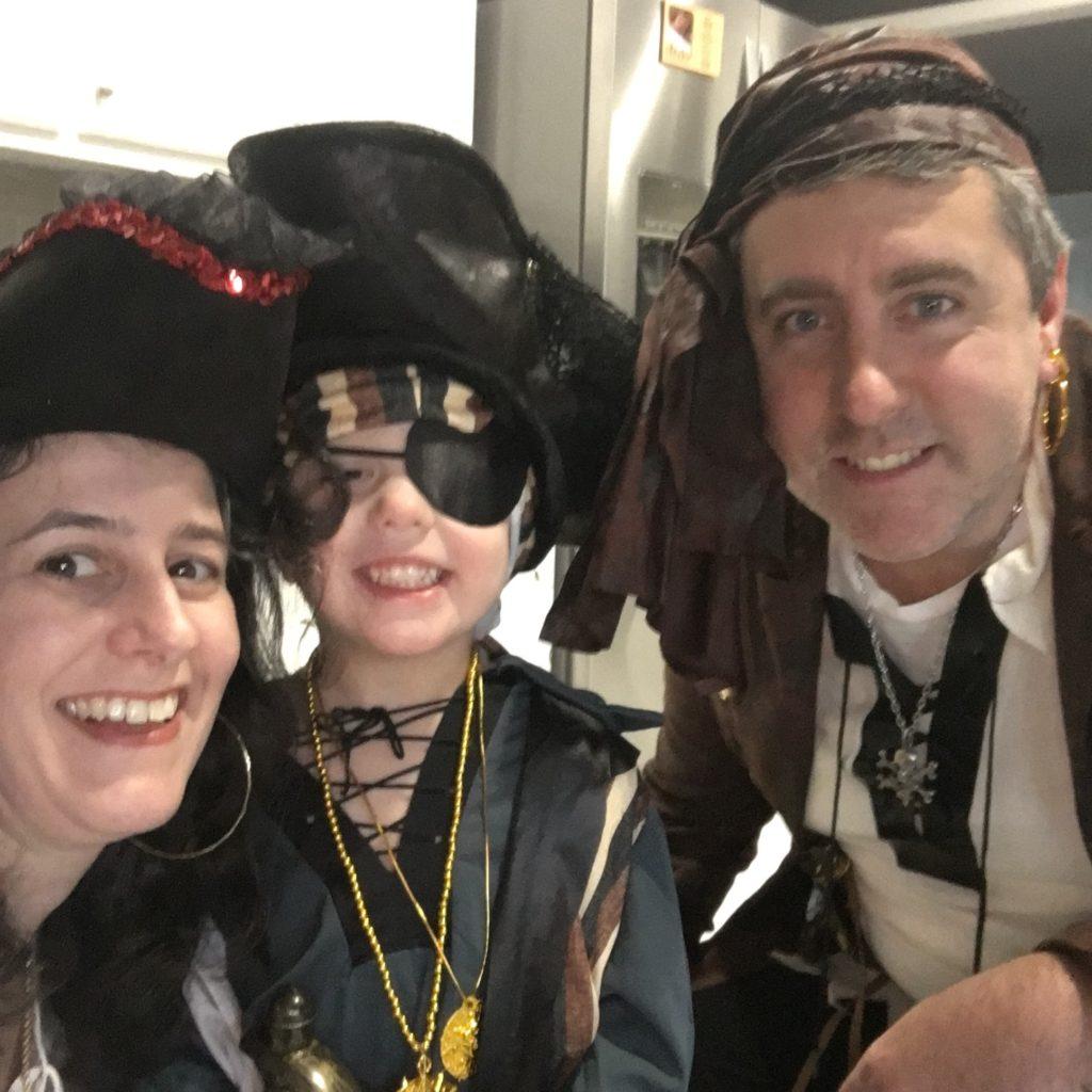 Darinda, Gavin, and Michael as pirates | rainerlife.com